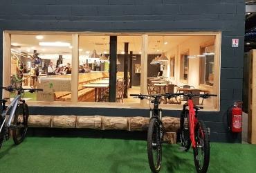 Création d'un Bike-Park dans un ancien hangar de la SNCF